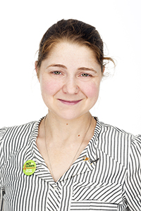 Portrait photo of Emma Synnott